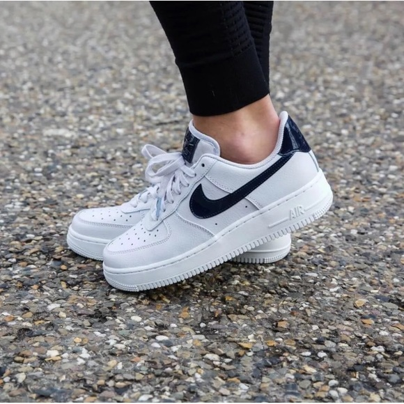 Women\u0027s Nike Air Force 1 \u201807 Vast Grey Sneakers NWT